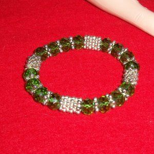 Jewelry - Stretch Bracelet with Green and SilverTone Accents